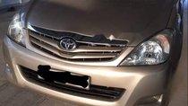 Bán xe Toyota Innova năm 2010 số sàn, 445 triệu