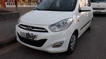 Gia đình bán xe Hyundai Grand i10 đời 2013, màu trắng, nhập khẩu