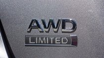 Hệ dẫn động AWD - Mẹo bán hàng mới của các nhà sản xuất sedan trong thời buổi ế ẩm