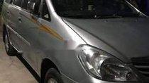 Cần bán lại xe Toyota Innova G đời 2008, màu bạc xe gia đình