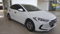 Bán Hyundai Elantra GLS 1.6MT màu trắng, số sàn, sản xuất 2017, biển Sài Gòn, đi 26000km