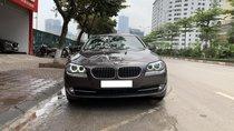 Xe BMW 5 Series 520i sản xuất 2013, màu xám, nhập khẩu