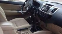 Bán ô tô Toyota Hilux 3.0E năm 2014, màu đen, nhập khẩu số sàn