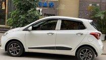 Chính chủ bán Hyundai Grand i10 năm 2017, màu trắng