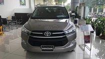 Cần bán Toyota Innova 2.0E năm sản xuất 2019, màu xám