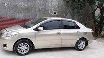 Cần bán Toyota Vios E sản xuất 2012, màu vàng còn mới