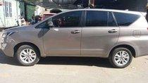 Bán Toyota Innova E sản xuất năm 2016 xe gia đình