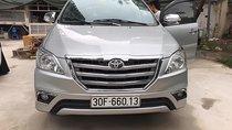 Xe Toyota Innova 2.0E năm 2015, màu bạc chính chủ, giá tốt