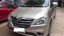 Cần bán lại xe Toyota Innova 2.0E sản xuất 2015 chính chủ giá cạnh tranh