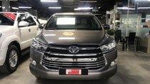 Cần bán Toyota Innova năm 2018, màu nâu đẹp như mới
