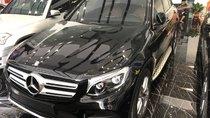 Bán ô tô Mercedes 4matic năm 2017, màu đen
