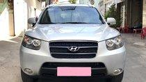 Bán xe Hyundai Santafe 2009 số sàn màu bạc, gia đình chính chủ