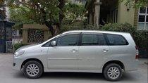 Bán ô tô Toyota Innova đời 2013, màu bạc chính chủ