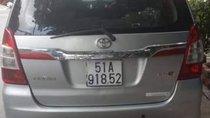 Cần bán Toyota Innova MT sản xuất năm 2014, màu bạc, không một lỗi nhỏ
