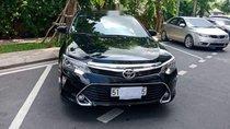Cần bán gấp Toyota Camry năm sản xuất 2017