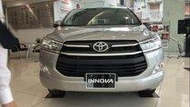 Bán xe Toyota Innova 2.0E sản xuất năm 2019, màu bạc