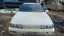 Bán xe Nissan Bluebird năm 1990, màu trắng, nhập khẩu nguyên chiếc, đồng sơn zin