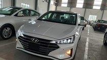 Bán Hyundai Elantra 1.6MT màu trắng đời 2019