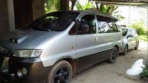 Cần bán gấp Hyundai Starex đời 2005, màu bạc, nhập khẩu