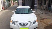 Cần bán xe Toyota Camry 2.4LE, đăng kí 2008 màu trắng nhập Mỹ