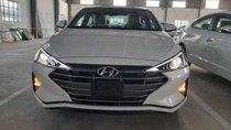 Bán Hyundai Elantra đời 2019, màu trắng, nhập khẩu