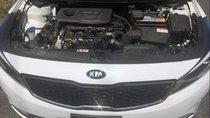 Bán gấp Kia Cerato sản xuất năm 2018, màu trắng, giá tốt