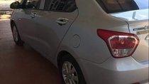 Cần bán Hyundai Grand i10 đời 2015, màu bạc xe gia đình, 298tr