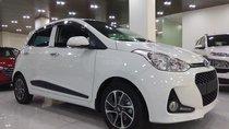 Bán Hyundai i10 số tự động, màu trắng, giá tốt
