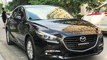 Bán xe Mazda 3 2.0 phiên bản 2019, màu xanh đen, ưu đãi lên tới hơn 20 triệu, tặng 1 năm bảo hiểm vật chất.