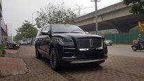 Bán Lincoln Navigator L Black Label sản xuất 2019 màu đen, nội thất nâu