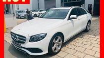 Bán xe Mercedes E250 màu trắng 2018 cũ chính hãng lướt. Trả trước 750 triệu nhận xe ngay