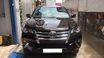 Bán xe Toyota Fortuner 2018 số tự động, máy xăng, nhập Indo