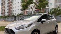 Cần bán xe Ford Fiesta 1.5 AT sản xuất năm 2014, xe gia đình