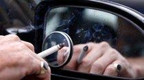 Những phụ kiện ô tô tốt nhất dành cho tài xế hút thuốc lá