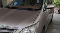 Cần bán lại xe Toyota Innova đời 2015, xe đẹp