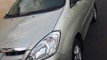 Gia đình bán xe Toyota Innova đời 2008, màu bạc