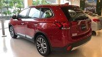 Cần bán Mitsubishi Outlander 2.0 CVT đời 2019, màu đỏ