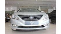 HCM: Hyundai Sonata 2011, màu trắng, xe nhập