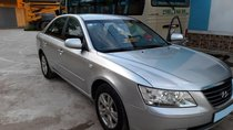 Chính chủ bán ô tô Hyundai Sonata 2.0MT đời 2010, màu bạc, xe nhập, ĐK 2011