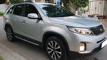 Gia đình cần bán Kia Sorento 2015, số tự động, máy xăng, màu bạc