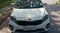 Bán xe Kia Rondo SX 2016, ĐK 2017 form mới, xe nhà đi cần tiền bán gấp, giá 568 triệu