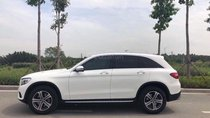 Cần bán xe Mercedes GLC 250 sản xuất năm 2017, màu trắng