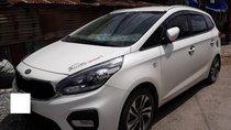 Bán xe Kia Rondo GMT 2.0MT, 2017 2019, màu trắng, xe gia đình đi còn rất mới