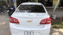 Cần bán Chevrolet Cruze MT đời 2017, màu trắng, xe gia đình, bao va chạm ngập nước