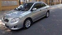 Gia đình bán xe Toyota Corolla altis năm 2009, màu bạc, giá 400tr