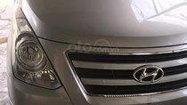 Cần bán xe Hyundai Grand Starex 2.5 MT 2017, màu bạc, nhập khẩu