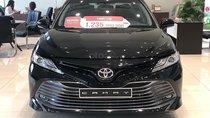 Bán Toyota Camry 2.5Q 2019, màu đen, nhập khẩu