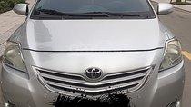Cần bán Toyota Vios 1.5E năm 2011, màu bạc