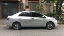 Bán ô tô Toyota Vios E MT 2013, màu bạc chính chủ