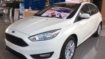 Ford Focus, tặng ngay combo phụ kiện hoặc giảm tiền mặt trực tiếp, liên hệ Xuân Liên